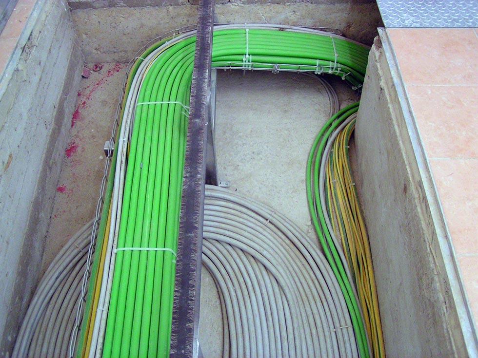 Fornitura in opera di impianto elettrico industriale presso cantina vinicola ad Acate (RG)