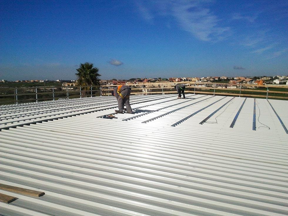 Rifacimento del tetto di copertura e installazione impianto fotovoltaico